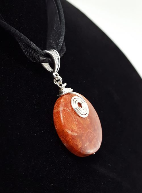 spiral wire work pendant